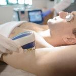 Uomo depilato: lo preferisce l'80% delle donne